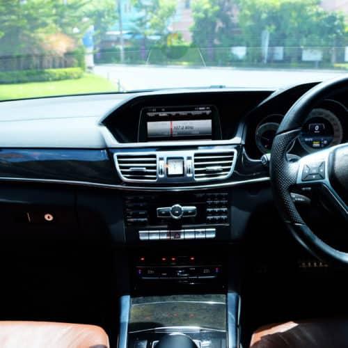 เช่ารถหรู เช่ารถสปอร์ต เช่ารถ Supercars Mercedes-Benz E Class