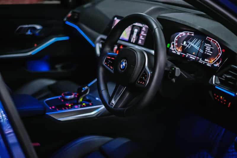 พวงมาลัยสปอร์ต BMW Series 3 330i M Sport G20