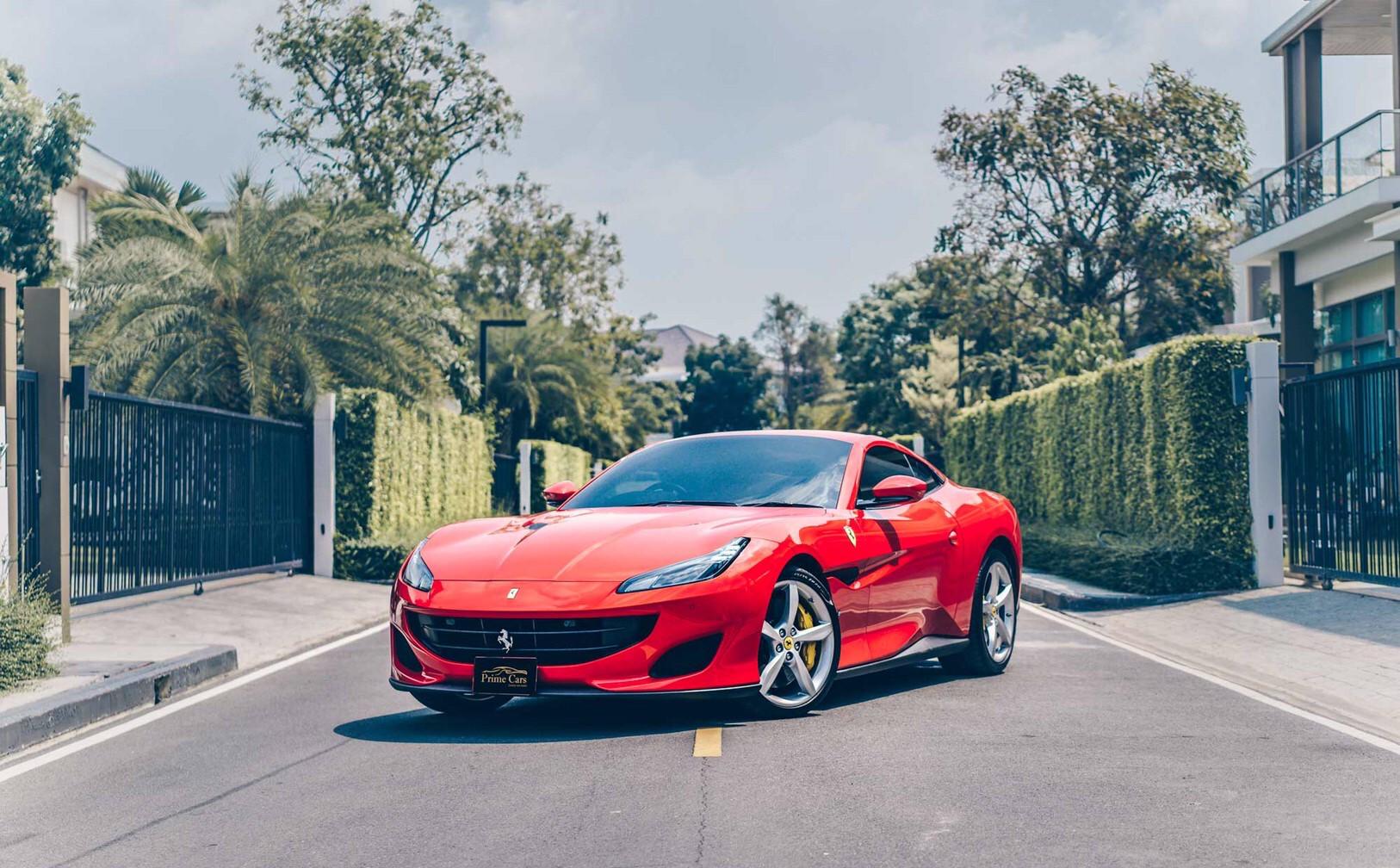 เช่ารถ Ferrari Portofino