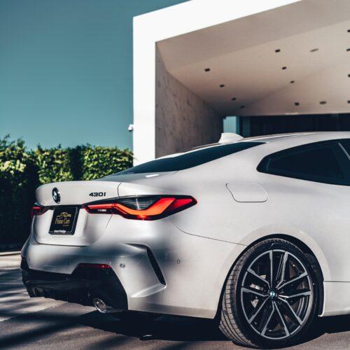 เช่ารถ BMW Series 4 ด้านท้าย