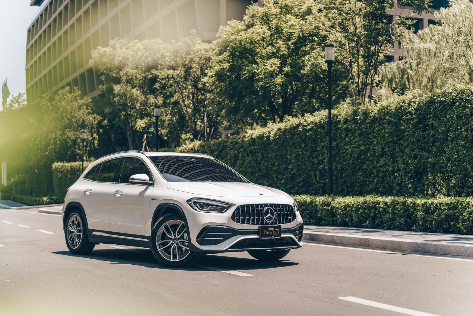เช่ารถเบนซ์ ราคา ไม่แรง Mercedes-AMG GLA 35 4MATIC