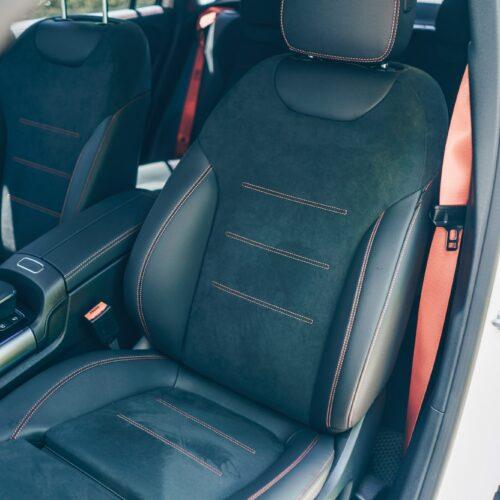 เบาะนั่งของ AMG GLA 35