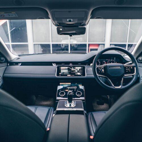 ภายในห้องโดยสาร Range Rover Evoque 2021